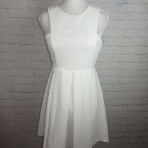 LuLu's women's size M White Dress Above Knee